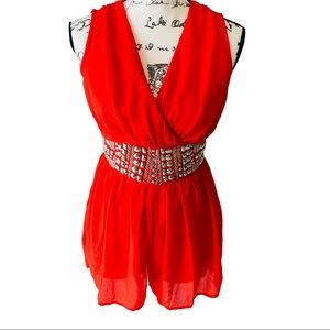 VERTY Red Romper Size Small